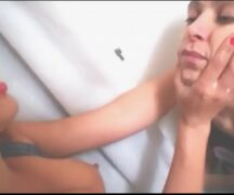 Homem Mamando No Peito - Video Homem Mamando No Peito