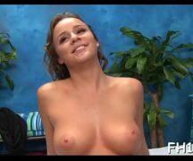 Milfmovs massagem gostosa - Video porno Milfmovs
