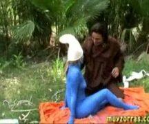 Muyzorras trepando no mato – Video de sexo Muyzorras