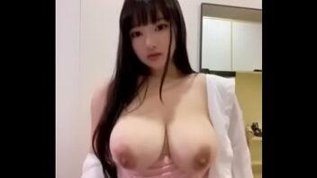 Japonesas Peitudas Gostosas deixando todos na cam enlouquecidos